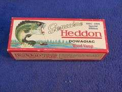 """Heddon Dowagiac Centennial Edition 4 3/4"""" Wood Vamp fishing lure, box and manual all in near mint condition"""