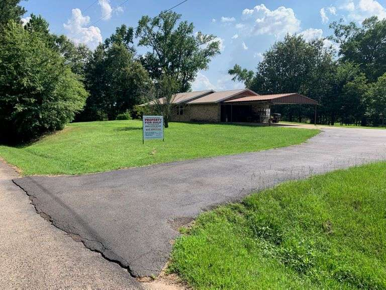 2 acre property for sale; single family home; Daingerfield TX real estate