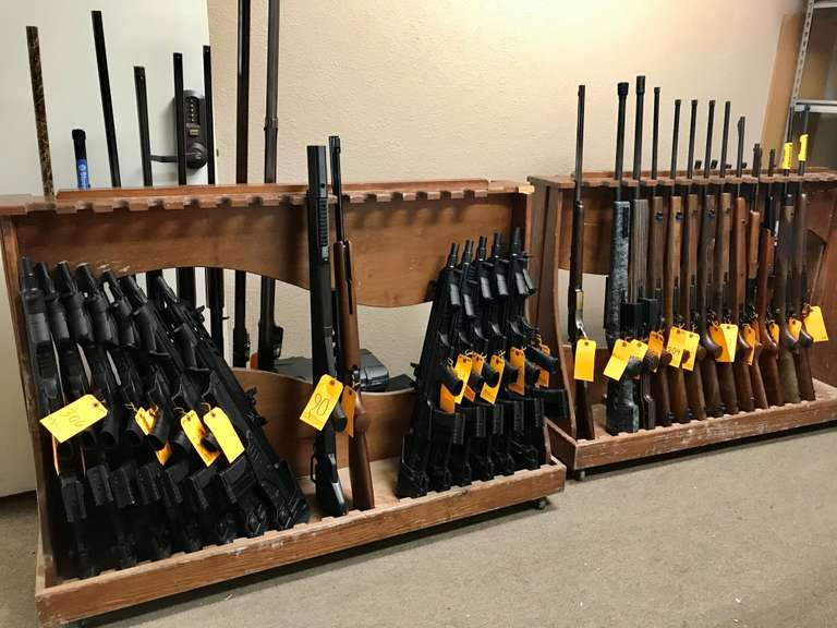 New Year Guns, Ammo, and Accessories Online Auction