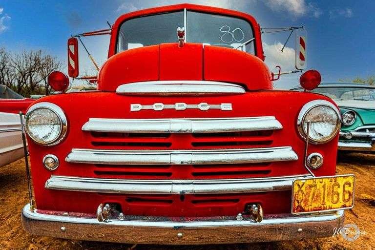 Great Texas MOPAR Hoard Cars, Parts, & Memorabilia Auctions