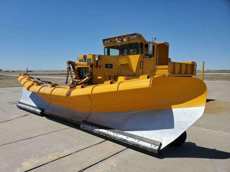 Heavy Equipment & Truck Auction