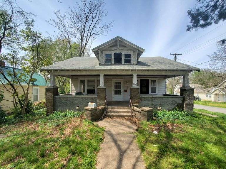 Real Estate Auction - 801 S Nettleton Springfield MO