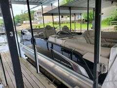 Osage Beach MO lake home - 2016 Princecraft Vogue, 2012 Yamaha golf cart