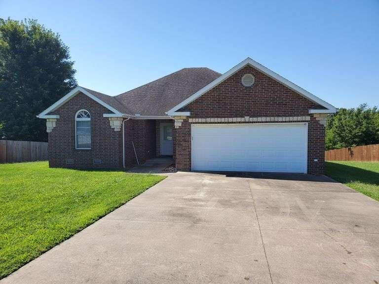 Real Estate Auction - Mt. Vernon MO