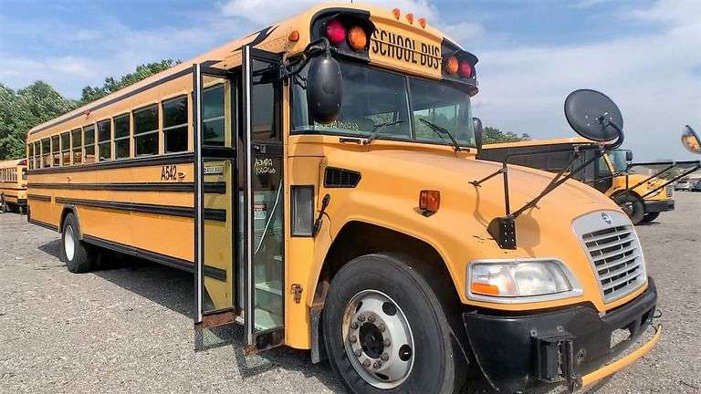 (2) 2010 BLUE BIRD VISION SCHOOL BUSES located in SLIPPERY ROCK, PA