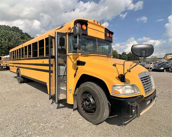 (2) 2014 BLUE BIRD VISION SCHOOL BUSES located in SLIPPERY ROCK, PA