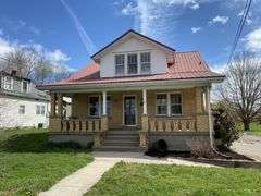 AUCTION - 4 Bed/1 Bath House - Hustonville KY