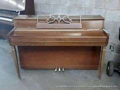 1430-NM Musical Instruments Online Auction