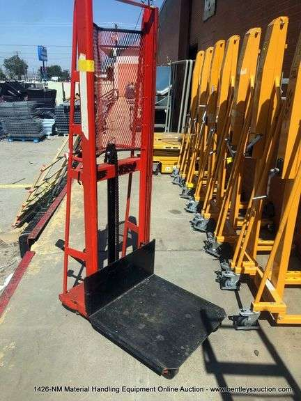 1426-NM Material Handling Equipment Online Auction