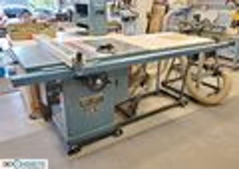 Complete cabinet makers wood shop in a 40' x 24' workshop, with professional quality tools. Lordstown, OH