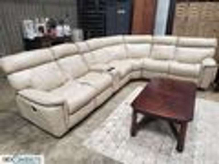 Leather Sofas, Bedroom Suites, Elvis, Tools, Boardman, OH
