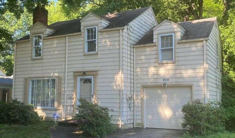 6518 Glenwood Ave., Boardman, OH 44512 3BR 2BA 2 Story Real Estate