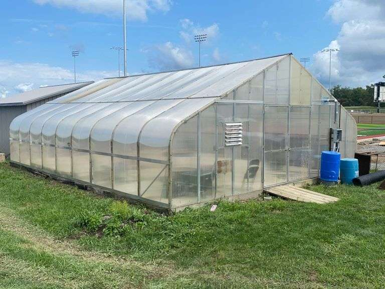 Edison School Greenhouse Auction. Seller to remove within 2 weeks of auction close