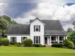 HOUSE AND 21+/- ACRES AUCTION IN CLARKSVILLE, TN