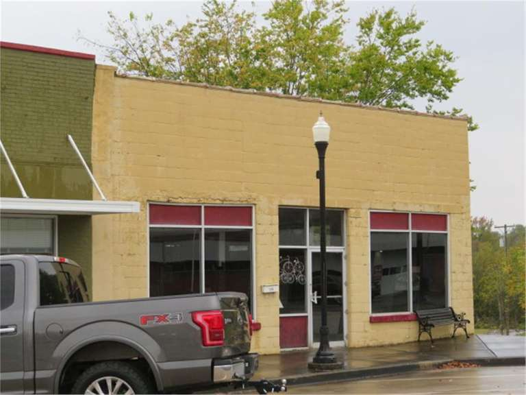 COMMERCIAL PROPERTY ONLINE AUCTION - 115 W ARCADIA ST DAWSON SPRINGS, KY
