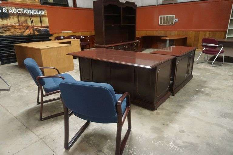 Office Furniture For Sale at Online Auction
