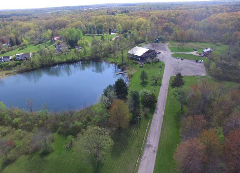 BIDDING CLOSED! 10/12/2020 - High Bid $200,000 - Online Court Ordered Sale: Approx. 45.2 Acre Parcel w/ Restaurant/Bar (Former Hickory Lake Inn) Newbury Twp. Geauga County