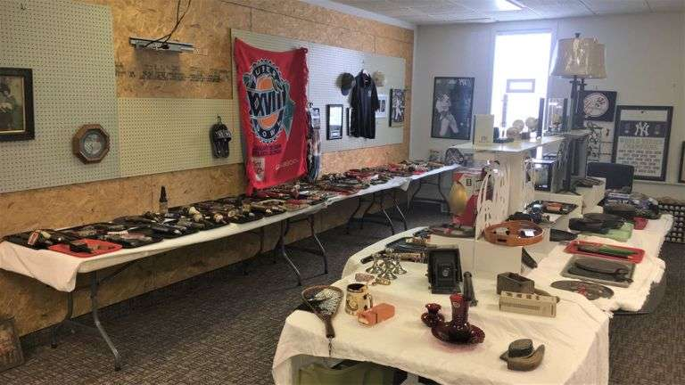 Bidding Closed! 03/24/2021  -  430+ Lots! Online Gallery Auction: Firearms, Coins, Gold/Silver, Jewelry, Sports Memorabilia, Beer Tap Handles, Quality Fishing Tackle, Collectibles, Tools, Sewing/Crafts - Wick Ave. Youngstown, OH