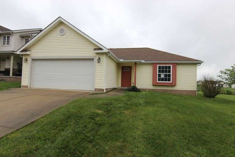 Bidding Closed! 06/15/2021 - High Bid: $142,000 - Online Court Ordered Foreclosure Auction: 2 Bed, 2 Bath, 1284 SF Ranch Home - 1359 Spring Hill Dr. Orrville, OH 44667 - Wayne County