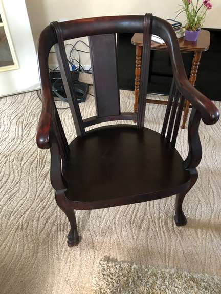 Antique Mahogany Chippendale Chair