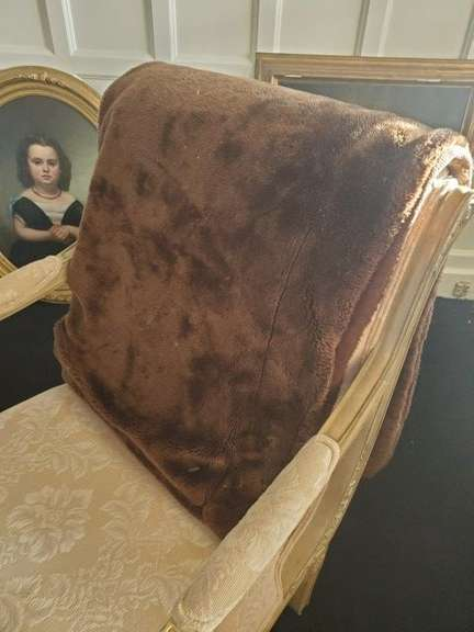 Brown Faux Fur Weighted Throw Blanket