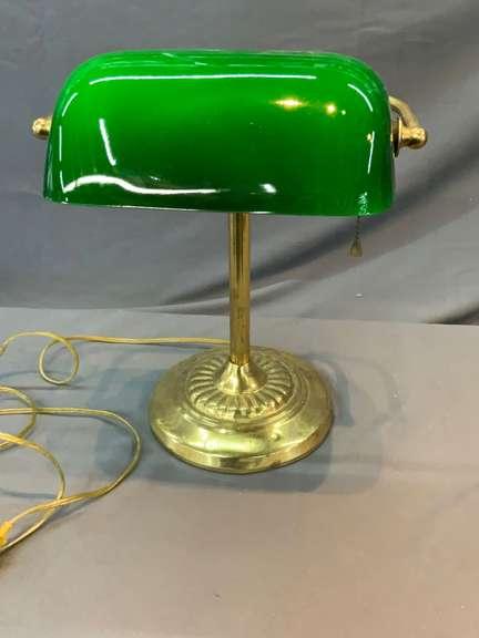 Green Glass desk lamp (works)