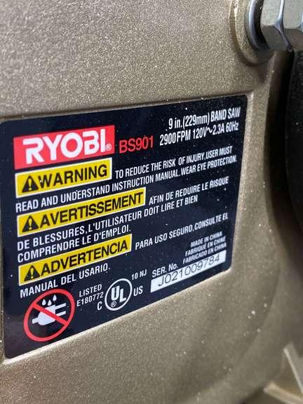 "Ryobi 9"" Band Saw, missing dust bag, powers on"