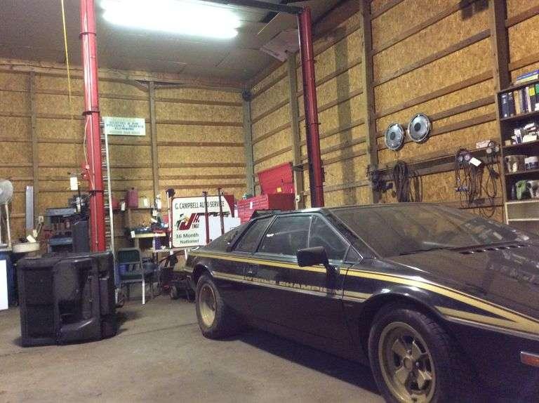 Estate of Glen Campbell.  Inspection Garage
