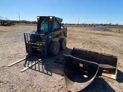 1999 New Holland LS170 Diesel Skid-Steer w/ Attachments