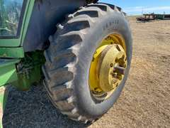 1979 John Deere 4640 Tractor w/ KMW 1750 Loader