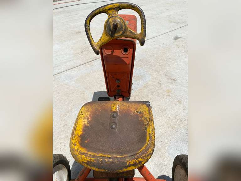 Antique Murray Pedal Tractor