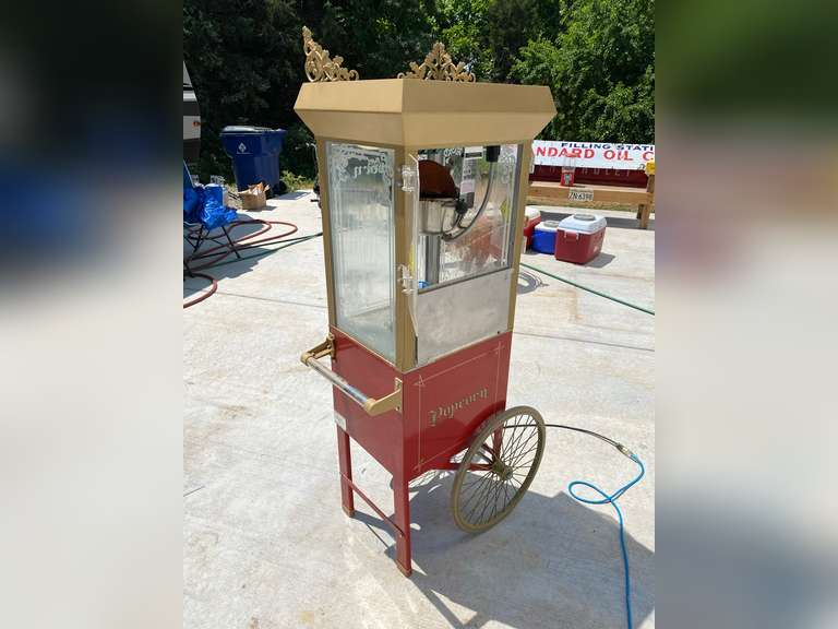 Antique Deluxe 60 Special Popcorn Machine