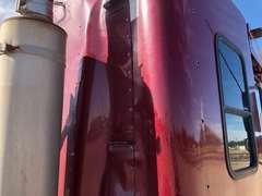 2005 Freightliner Columbia Semi