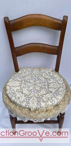 Antique Salesman's Sample Chair.  Great condition!  Measures 18 inches high.