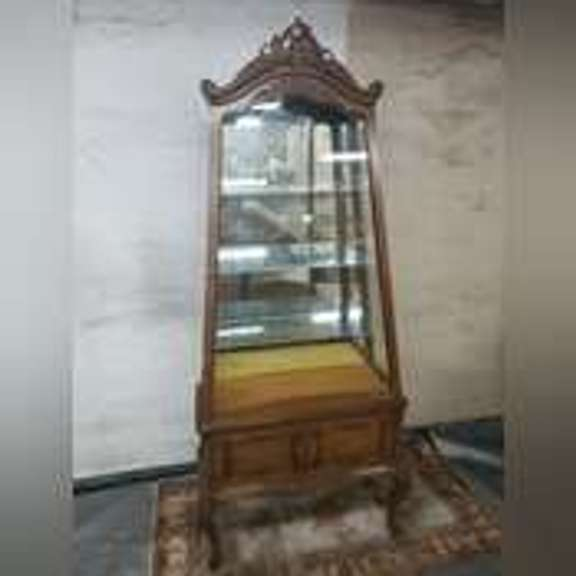 Auction 2 New Items Antique Furniture, Glassware,, and more Martin Methodist College Estate Auction for Grace Grissom Life Collection