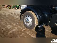 2011 PETERBILT 389 VIN: 1XPXDB9X7BD118474 TANDEM AXLE TRUCK TRACTOR