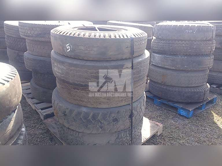 QTY OF (5) MISC COMMERCIAL TRUCK TIRES W/ WHEELS
