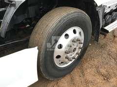2013 VOLVO VNL630 VIN: 4V4NC9EH9EN151059 TANDEM AXLE DAY CAB TRUCK TRACTOR