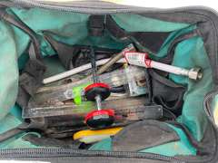 MAKITA TOOL BAG WITH CONTENTS
