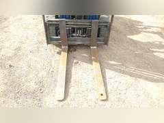 KOMATSU FG25T-12 PNEUMATIC TIRE FORKLIFT SN: 551976A