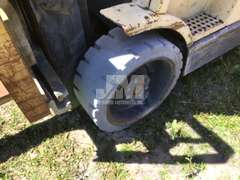 HYSTER S60XM CUSHION TIRE FORKLIFT SN: D18V02518T