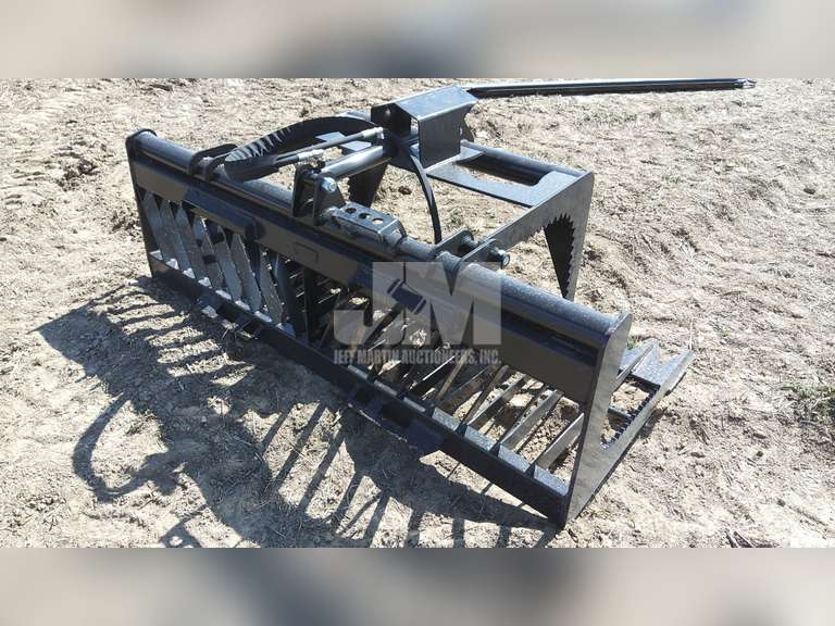 "(UNUSED) 76"" SKELETON GRAPPLE W/ SINGLE CYLINDER TO FIT SKID"
