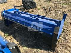 8' SNOW PUSHER TO FIT SKID STEER
