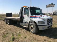 2006 FREIGHTLINER BUSINESS CLASS M2 TANDEM AXLE ROLLBACK TRUCK VIN: 1FVHCYDC06DW39059