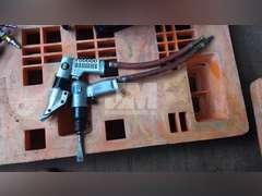 AIR OPERATED CUTTER & CHIPPER GUN