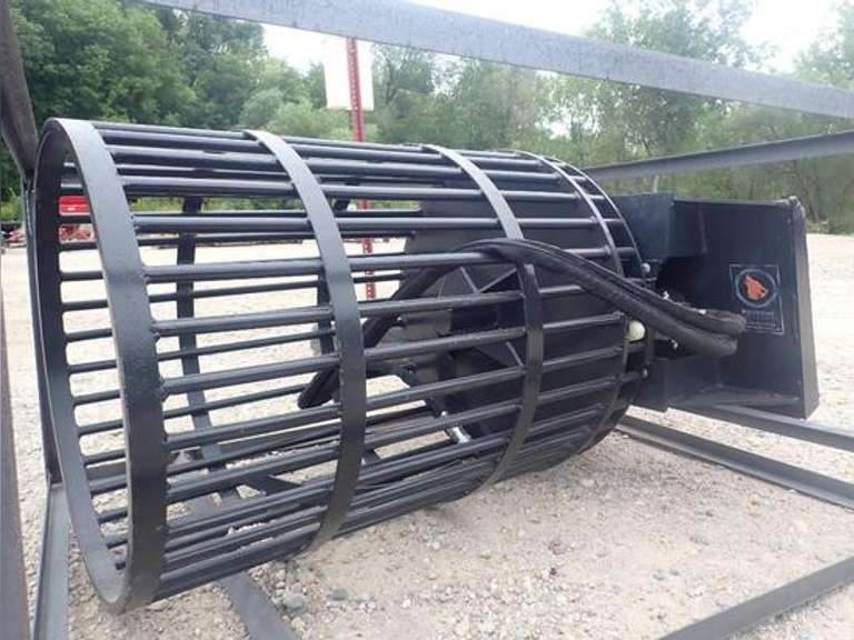 ONLINE ONLY UNUSED WOLVERINE UNIVERSAL SKID LOADER ATTACHMENTS - BIDDING CLOSES SEPTEMBER 22ND @ 6 PM CST