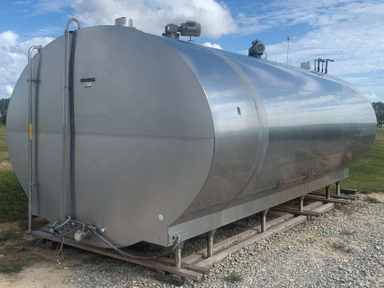 SOLD....SOLD..... Mueller 6700 Gallon Bulk Tank Package  Year: 2012   SN: 112534   Model: OH6700   Ref: R-507   3 Phase  (2) 10 HP Mueller Estar Compressors (New  2012, Units 1 & 2)  Tank Washing System, Ladder, All Control Boxes  Removed By and Ready To Load  Located in Cordele, GA  Priced at $45000 at the dairy  For more information contact: Clay Papoi 517-526-1917