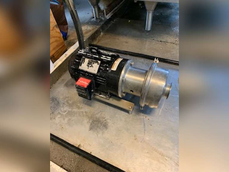 Milk Transfer Pump 5 horsepower. Used to transfer milk from bulk tank to truck. Located in Georgia.   For more information please contact: Clay Papoi (517) 526-1917 clay.papoi@gmail.com