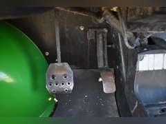 2010 John Deere 825i Gator, 4x4