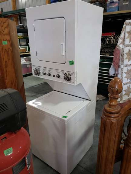 Kenmore stack washer dryer, works